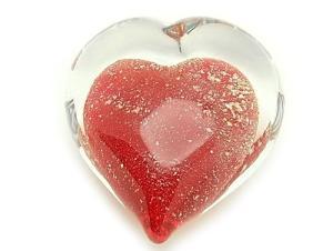 Trái tim pha lê tình yêu