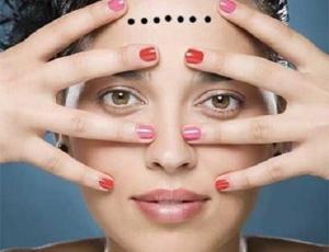 Những dấu hiệu phá tài trên khuôn mặt