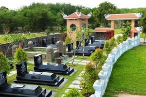 Những lưu ý phong thủy âm trạch khi trồng cây tại mộ