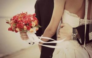 Những lỗi phong thủy cửa chính khiến hôn nhân sóng gió