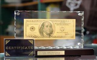 Rộ lên mốt lì xì bằng tiền độc lạ năm 2018