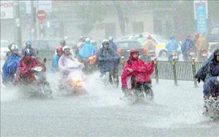 Dự báo thời tiết TPHCM 8/11: Mưa dông rải rác, nền nhiệt giảm