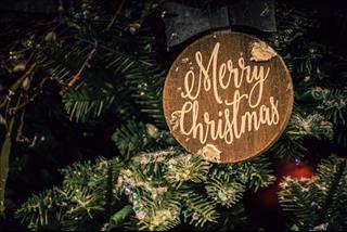 Những phong tục Giáng sinh cầu cho năm mới may mắn, tình duyên ngập tràn