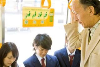Đừng vội phán xét khi thấy người Nhật không nhường ghế cho người già