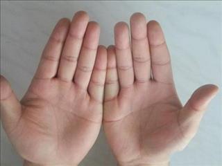 Đường tình cảm trong lòng bàn tay bật mí điều gì về tính cách và vận mệnh của bạn
