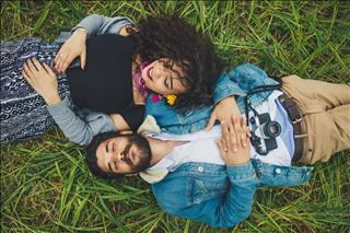 Tình yêu nữ Song Tử - nam Xử Nữ: Tình đẹp nhưng hãy cẩn thận với hôn nhân