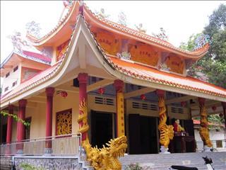Chùa Tổ Đỉa Bình Dương – Ngôi chùa ẩn chứa nhiều giai thoại HUYỀN BÍ về BẦY ĐỈA hút máu người