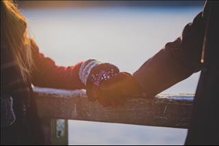 Tình yêu nữ Xử Nữ - nam Nhân Mã: Nàng kỹ tính và chàng vô tư liệu có thể bên nhau?