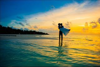 Tình yêu nữ Nhân Mã - nam Song Ngư: Dễ hợp mà cũng rất dễ tan