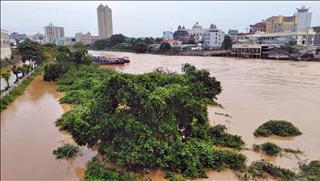 Dự báo thời tiết 10 ngày tới 16-26/9: Mưa lớn, đề phòng nguy cơ ngập úng và sạt lở đất tại Tây Nguyên và Nam Bộ