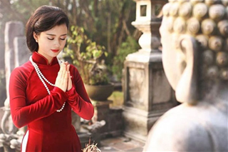 Đi lễ chùa đúng cách: Sắm lễ đủ, Văn khấn chuẩn, Trình tự đúng
