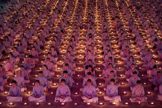 Những sai lầm khi cầu nguyện Phật khiến ta mãi nghèo, mãi khổ dù chăm chỉ lên chùa cầu khấn