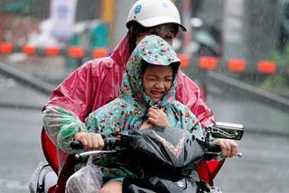 """TP.HCM, Nam bộ chiều tối nay đón """"mưa vàng"""" sau những ngày gần 40 độ C?"""