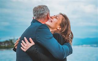 Bí quyết giữ lửa cho cuộc sống hôn nhân luôn nồng nhiệt như ngày đầu mới yêu của 12 chòm sao