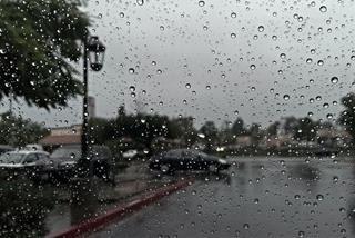 Dự báo thời tiết ngày 25/10/2021: Trung Bộ, Nam Bộ tiếp tục mưa dông
