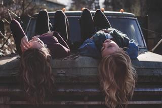 Duy trì tình bạn vững chắc, hoạn nạn có nhau với 12 chòm sao không hề khó nếu ghi nhớ những nguyên tắc này