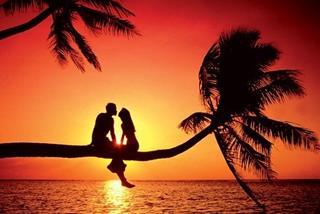Tử vi hôm nay 20/4/2021 về tình yêu của 12 con giáp: Ai ngọt ngào như mới yêu
