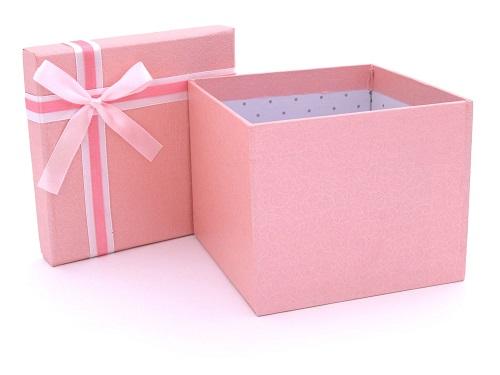 Những điều bí ẩn chứa đựng trong chiếc hộp