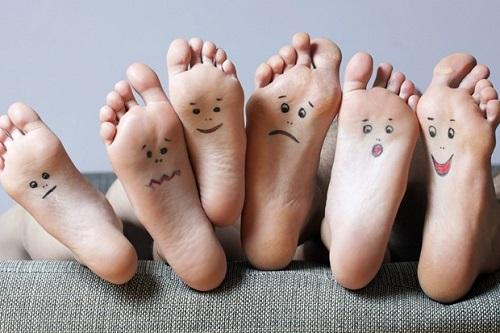 Giai ma van trinh qua not ruoi o ban chan hinh anh Giải mã vận trình qua nốt ruồi ở bàn chân của bạn