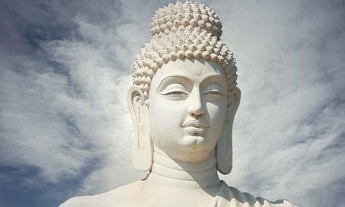 Loi Phat day Gap mot nguoi la tang them mot nhan duyen hinh anh