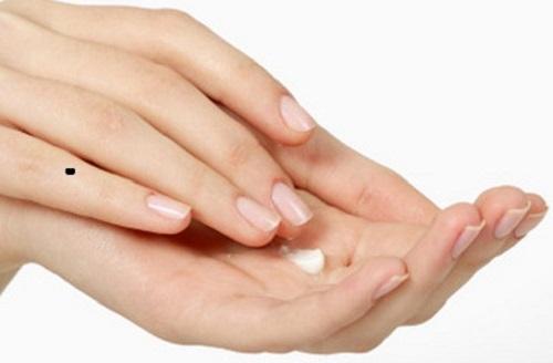 not ruoi tren ngon tay hinh anh 4 Giải mã tất tần tật về nốt ruồi trên ngón tay, ít người biết