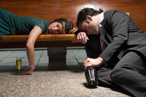 36 thứ tội khi uống rượu say nhất định phải biết, nếu không sẽ bị quả báo