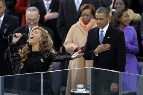 Barack Obama Tong thong Su Tu uy luc, manh me nhung than thien hinh anh 2