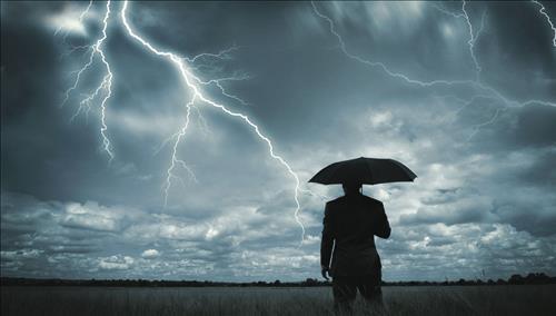 Xem bói tháng Chạp năm Đinh Dậu: 12 con giáp có điềm báo XUI XẺO gì?
