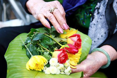 chu y khi dang cung hoa di le chua