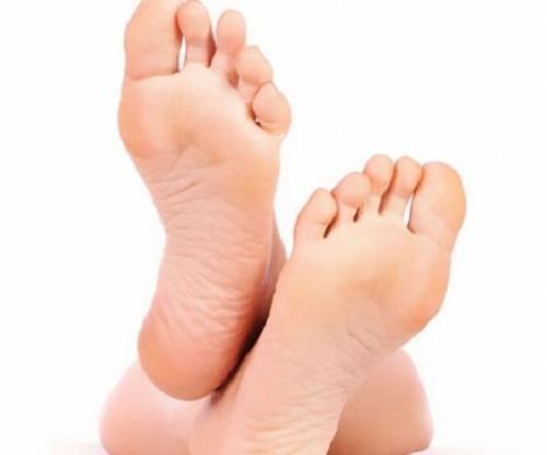 Đường Định Mệnh trong lòng bàn chân tiết lộ bí mật gì?