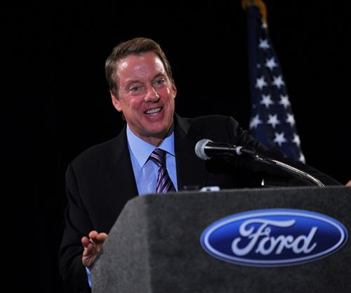 Bill Ford tim su sang tao nho thien dinh