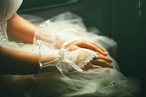 Kết hôn luôn là nỗi sợ lớn của các cung hoàng dạo này