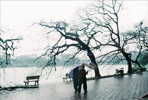 Dự báo thời tiết 10 ngày tới 25/11-5/12: Bắc Bộ đón một đợt không khí lạnh mới, Nam Bộ xuất hiện triều cường