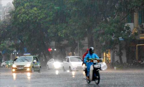 Dự báo thời tiết 3 ngày tới 13-15/3: Miền Bắc có mưa rào và dông vài nơi, miền Nam nắng nóng
