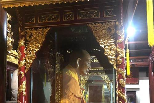 Tuong xac 300 nam khong phan huy