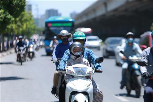 Đợt nắng nóng đặc biệt gay gắt tại Hà Nội kéo dài đến bao giờ?