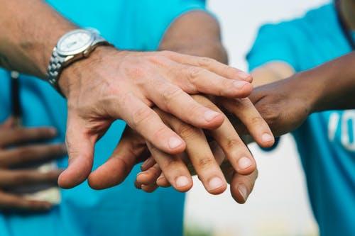 50 câu nói hay về giúp đỡ người khác