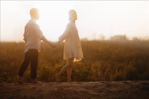 Cung hoàng đạo hạnh phúc mở cửa đón tình yêu trong tuần mới (24-30/6)