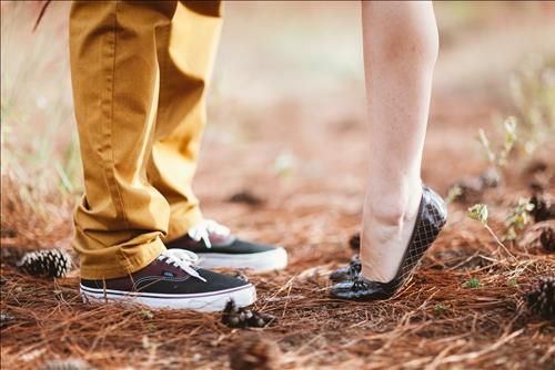 Tình yêu nữ Sư Tử nam Ma Kết: Những cú sốc bất ngờ cho một cuộc tình đầy khác biệt