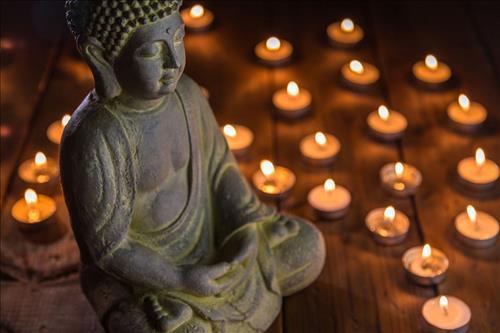 Tín Phật, cầu Phật nhưng vì sao Đức Phật không giúp ta? Nghe xong câu trả lời ai cũng được khai sáng