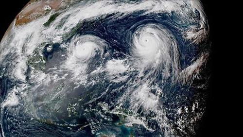 Bão, áp thấp nhiệt đới, vùng áp thấp cùng tồn tại - hình thái thời tiết hiếm gặp, dị thường