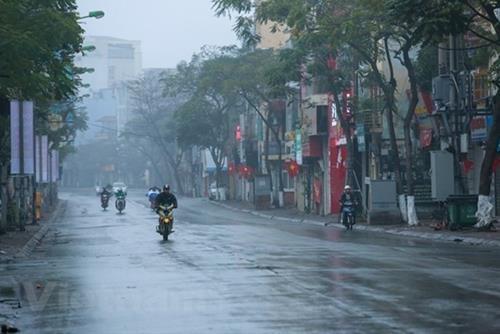 Dự báo thời tiết ngày 28/10/2021: Bắc Bộ mưa rải rác, Trung Bộ mưa lớn