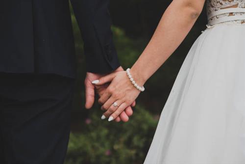 Dấu hiệu con giáp nam muốn kết hôn