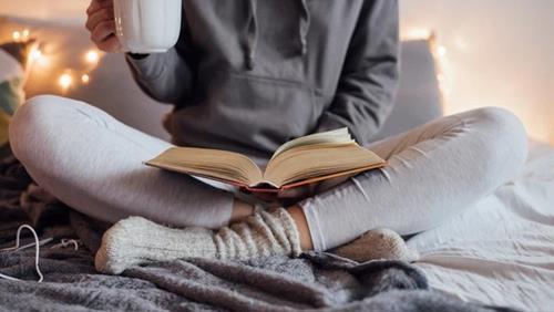 Hãy là người chăm chỉ học hành đọc sách