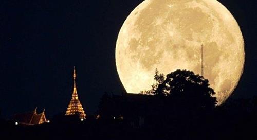 Siêu trăng tròn tháng 6 năm 2021