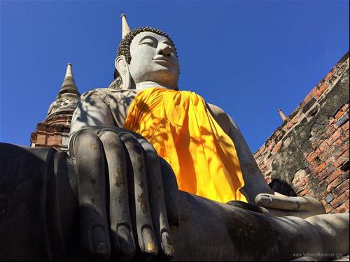 Hành vi tiêu hao âm đức theo lời Phật dạy