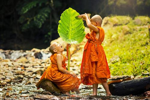 Phật dạy bạn tốt sẽ đồng hành cùng ta
