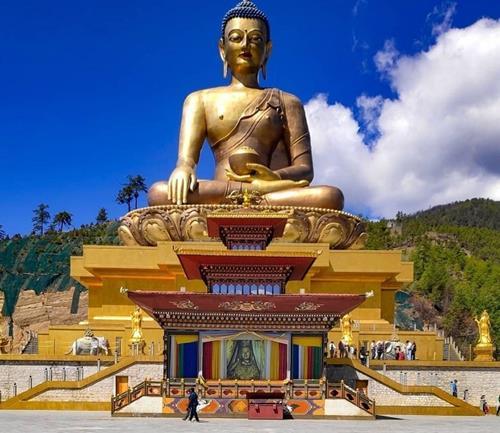 Tượng Phật Dordenma ở Bhutan