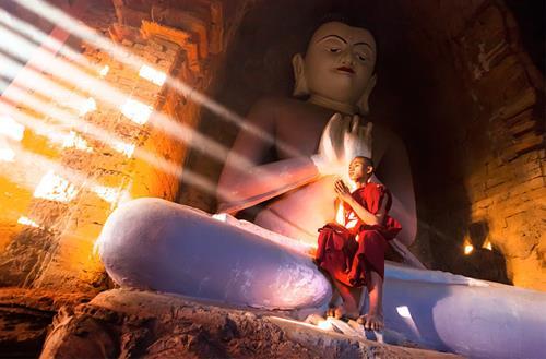 Vòng tuần hoàn ác tính theo lời Phật dạy về tiền bạc
