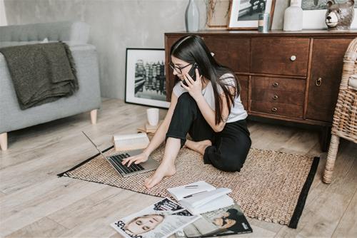 12 chòm sao chán nản vì làm việc ở nhà quá lâu